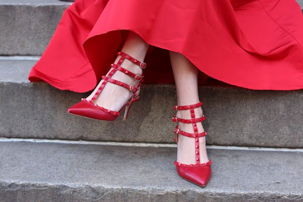 You can always count on Valentino for his elegant, saturated deep red.