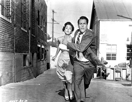 Dana Wynter, Kevin McCarthy, Invasion of the Body Snatchers, 1956.