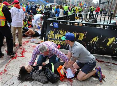ss-130417-boston-bombing-bystanders-938a.380