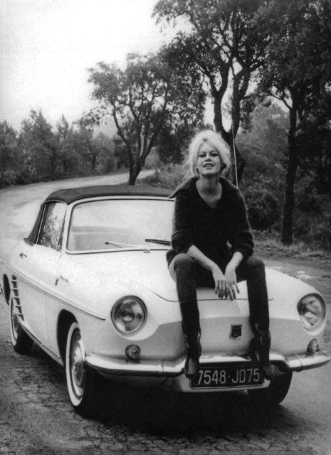 No idea what make of car on which Brigitte Bardot is perched.