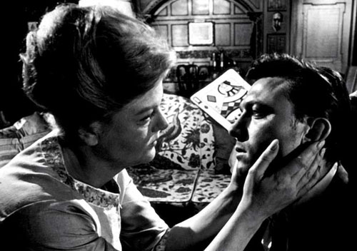 Angela Lansbury and Laurence Harvey in The Manchurian Candidate, 1962.