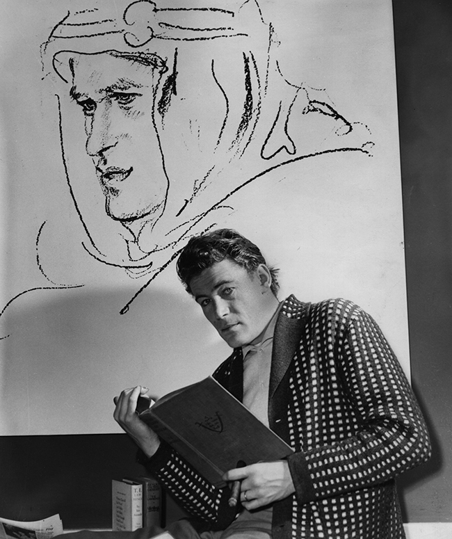 Peter O'Toole prepares for his role as Lawrence of Arabia, 1961.