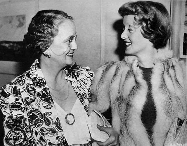 Bette Davis with mother Ruth.