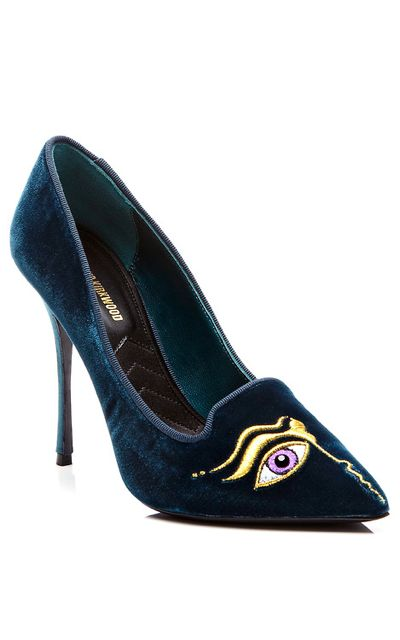 Suspect your husband of stepping out on you? Slip on these Nicholas Kirkwood private eye pumps and play detective.