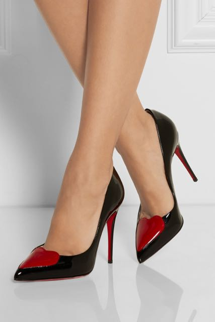 "Sigmund Freud asked: ""What do women want?"" Talk about a clueless shrink. Women want shoes!"