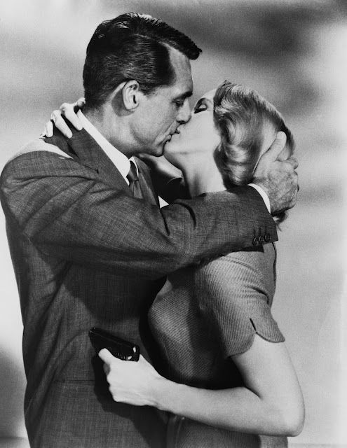 In North by Northwest, Eva Marie Saint sends mixed signals as she and Cary Grant get romantic.