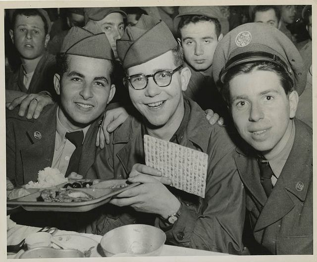 American Jewish soldiers celebrating Passover in Seoul, Korea, 1952.