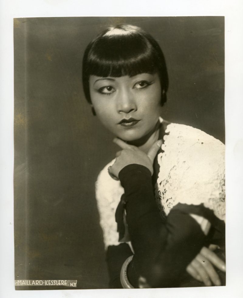Wonderful portrait of the great Chinese American actress Anna May Wong, 1931.