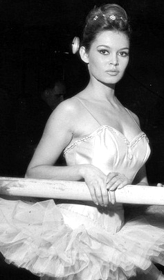 Brigitte Bardot also aspired to be a ballet dancer.