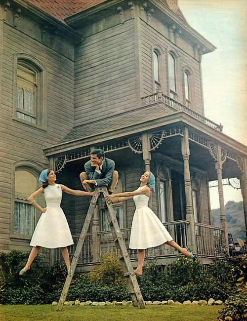 This photo from Seventeen magazine, 1960 is a close runner-up to the loony Joan Blondell photo. Here's Anthony Perkins on the set of Psycho, posing in form of the Bates home on a ladder (why a ladder) with two adoring woman on either side. Okay, Psycho had not yet been released, and Perkins was not yet typecast as Norman Bates. But still, the oppressively gloomy house should have tipped off the editors at Seventeen that a happy go lucky photo shoot was a bit... loony.