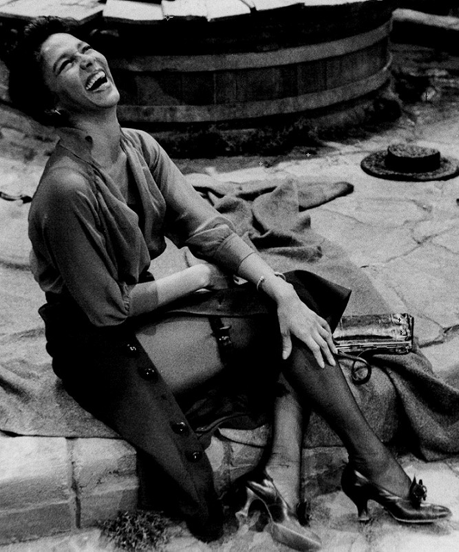 "Dorothy Dandridge on the set of Porgy and Bess (1959, dir. Otto Preminger)  ""Dandridge was a staggeringly beautiful actress. She was born and raised in Los Angeles, in an upper-middle-class family. In the late 1940s or early 1950s, one of her uncles died and the family went to Augusta, Georgia, for the funeral. She described the utter terror she felt in that small Southern city – the looks the people gave her, the comments they made, the blatant racism and hatred she encountered there."" -photographer Phil Stern"