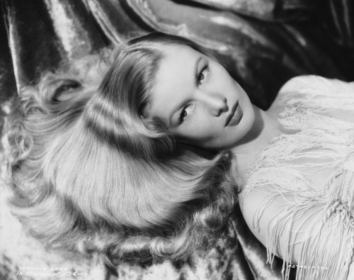 """I will have one of the cleanest obituaries of any actress. I never did cheesecake like Ann Sheridan or Betty Grable. I just used my hair."" -Veronica Lake"