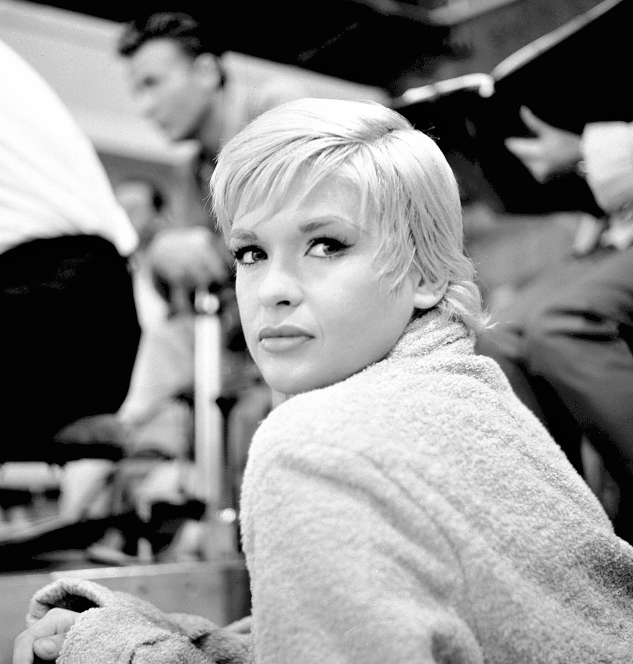 """""""If you're going to do something wrong, do it big, because the punishment is the same either way."""" -Jayne Mansfield November 1, 1962, THE ALFRED HITCHCOCK HOUR Jayne Mansfield on the set of """"Hangover"""". This is a rare photo of Mansfield without a wig. Her performance in this episode shows that she had acting chops — when she wasn't doing a sad MM knock-off."""
