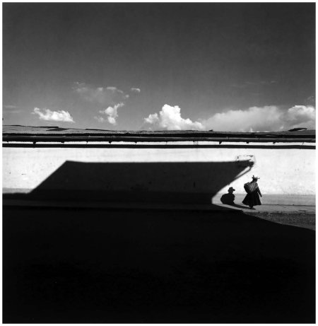 Harry Callahan, Cuzco, Peru, 1974