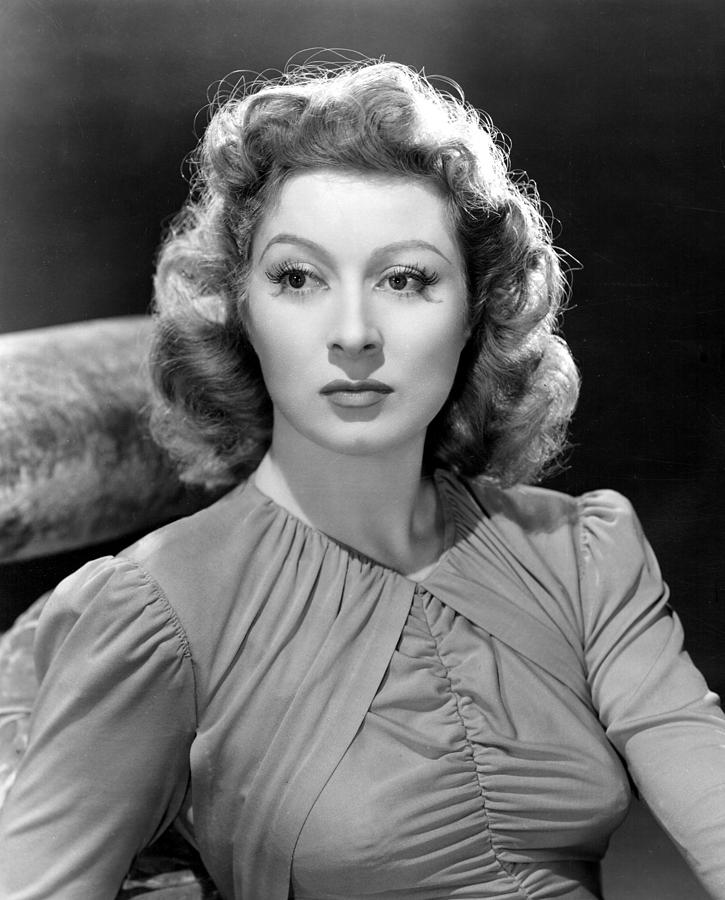 """In a way it`s too bad I had to be a `movie star,` because it didn`t allow me to be the actress I wanted to be."" —Greer garson"