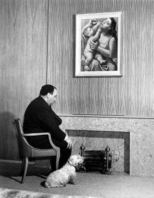 Alfred Hitchcock with his dog and his Picasso