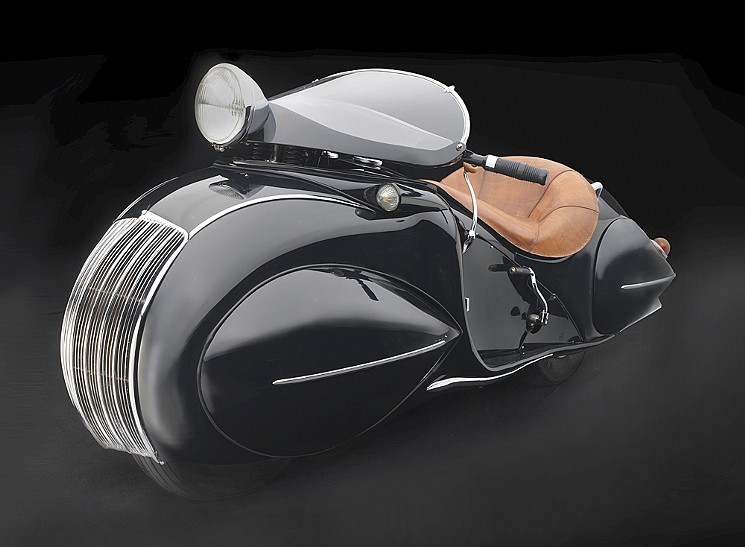The KJ Streamline Motorcycle, 1930. From the Sculpted in Steel exhibit.