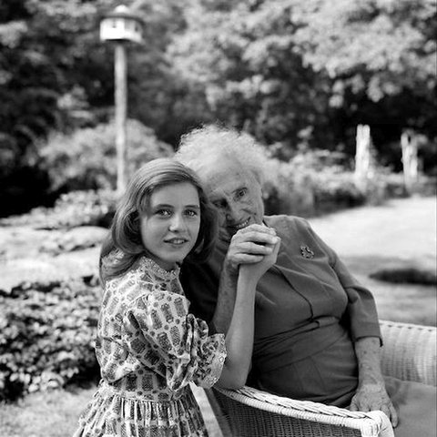 Patty Duke with Helen Keller.