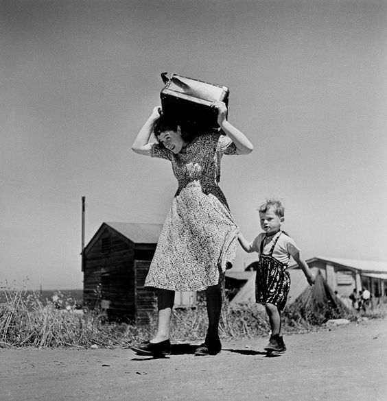 Robert Capa Immigrants arriving, Haifa, Israel, 1949-1950