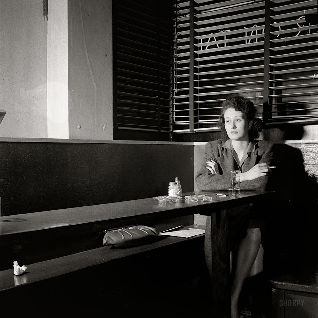 Esther Bubley, Nighthawk, 1943