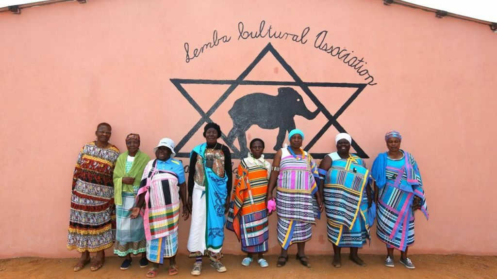 Women of the Lemba Jewish community. Manavhela, Limpopo Province, South Africa. August 2015. (Photo by Jono David)
