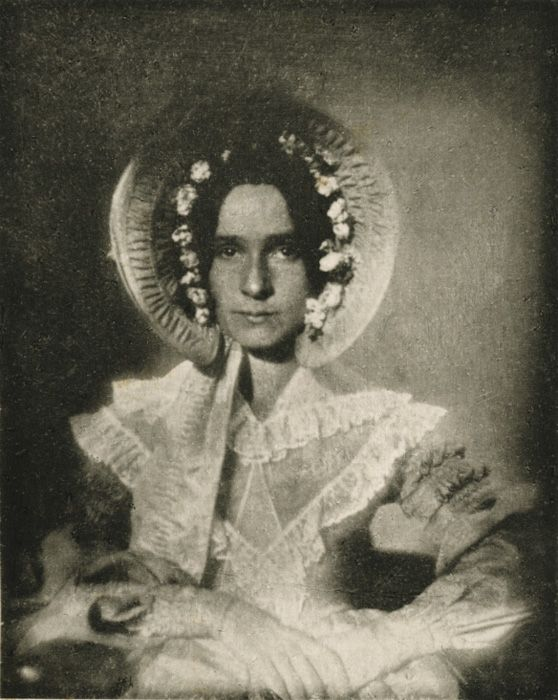 Louis Jacques-Mandé Daguerre Portrait of Dorothy Catherine Draper. The earliest surviving photograph of a woman, 1839 or 1840.