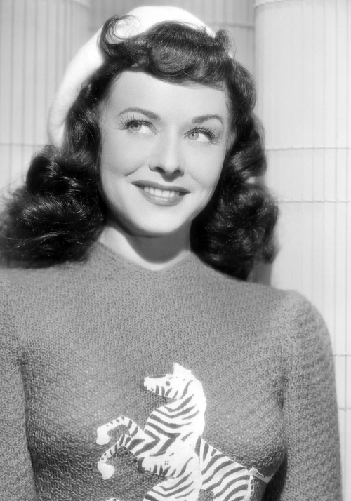 """I am not temperamental. I just know what I want and if I don't have it, I try to get it."" —Paulette Goddard b. Pauline Marion Goddard Levy (1910 – 1990)"