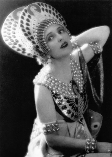 Carmel Myers as Iras in Ben Hur, 1925.