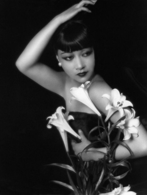 Anna May Wong, 1929 Photo by Paul Tanqueray