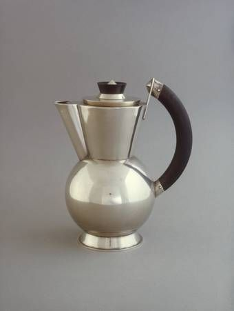 Christian Dell, Wine jug, 1922, New silver, ebony, Bauhaus Archive Berlin