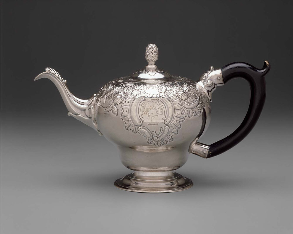 "Silver teapot by Paul Revere, Jr. (1734-1818), Boston, Massachusetts, 1760-1765, engraved with family crest of John Ross of Philadelphia, Pennsylvania and ""NOBILIS.EST.IRA. LEONIS"" (The wrath of the lion is noble.), Museum of Fine Arts, Boston, Pauline Revere Thayer Collection"