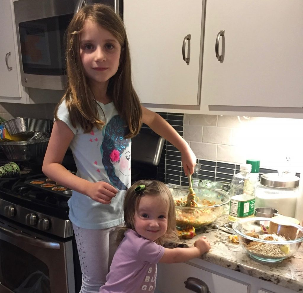 Maayan and Livia wish all our friends and relatives a delicious Shabbat.